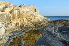 Adriatisches Seeküstenlinie in Kroatien Lizenzfreie Stockfotos
