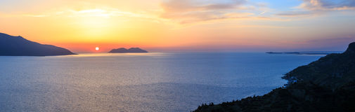 Adriatisches Seesonnenuntergangansicht Albanien Stockbild