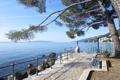 Adriatisches Seeszenische Ansicht Lizenzfreie Stockfotos