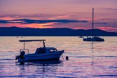 Adriatisches Seeszenischer Sonnenuntergang Stockbilder