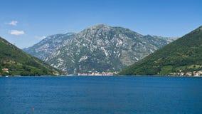 Adriatisches Seeufer Stockfoto