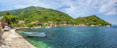 Adriatiska havet landskappanorama Arkivbilder