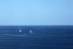 Adriatiskt hav och blå himmel Royaltyfria Foton