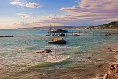 Adriatiskt havkust i Chieti, Abruzzo, Italien Royaltyfri Foto
