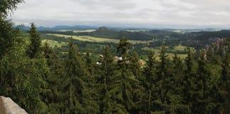 Adrspach vom Gipfel von Starozamecky-vrch Lizenzfreie Stockfotografie