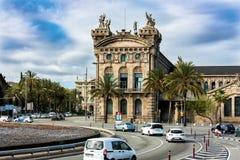 Aduana De Barcelona, altes Gewohnheitserrichten entwarf durch Sagnier I Villavecchia, der in der neoklassischen Art am Hafen Vell Lizenzfreie Stockbilder