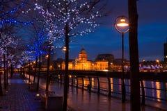 Aduanas Dublín en la oscuridad Imagen de archivo