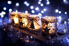 Advenimiento, cuatro velas adornadas Fotos de archivo libres de regalías