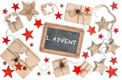 Advenimiento envuelto del vintage de la pizarra de la decoración de la Navidad de los regalos Imagenes de archivo