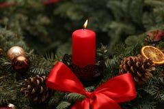 Advent Season, cuatro velas de quema Foto de archivo