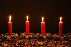 Advent Season, quatro velas de queimadura Foto de Stock Royalty Free