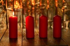 Advent Season, quattro candele di bruciatura Fotografie Stock