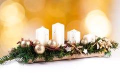 Adventkrans och stearinljus Royaltyfri Bild
