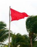 Advertencia de la bandera roja Imagen de archivo
