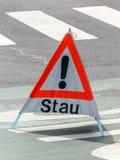 Advertencia de la congestión en el camino Foto de archivo