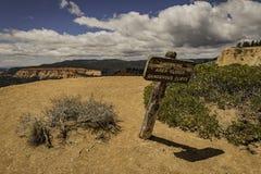 Advertencia de la muestra del peligro en Bryce Canyon Imagen de archivo