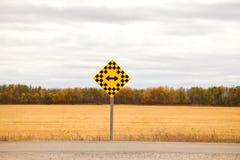 Advertencia de la señal de tráfico Imagen de archivo libre de regalías
