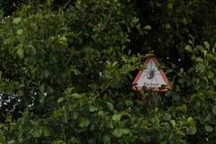 Advertencia: ¡Peligro por las señales! Fotos de archivo