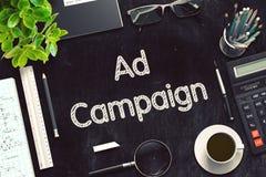 Advertentiecampagne Met de hand geschreven op Zwart Bord het 3d teruggeven Royalty-vrije Stock Afbeeldingen
