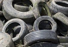 Advierta la pila de los neumáticos Imagen de archivo