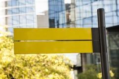 Advisory amarillo Fotografía de archivo libre de regalías