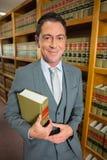 Advokatläsebok i lagarkivet Fotografering för Bildbyråer