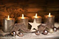 Adwentowy motyw z cztery świeczkami Obrazy Stock