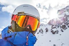 ady απολαύστε το χειμώνα πορτρέτου snowboarder Στοκ Εικόνες