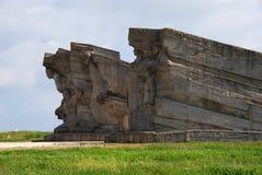 对在地下墓穴站点建立的Adzhimushkay猎物的防御者的纪念碑  库存照片