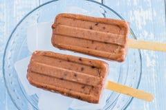 Adzuki-Kokosnuss-Eis am Stiel Lizenzfreies Stockbild