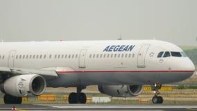 Aegean flygbuss 321 på starten stock video