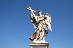 aelian天使安吉洛桥梁交叉ponte sant的罗马 免版税图库摄影
