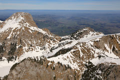 Aer do suíço de Suíça da montanha das montanhas dos cumes de Stockhorn Laseberg Foto de Stock Royalty Free
