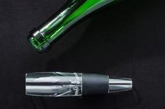 Aerador del producto de la porción del vino para saturar el vino con oxígeno Fotos de archivo libres de regalías