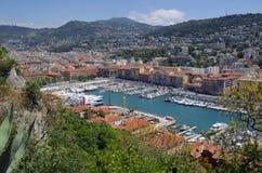 Aeralansicht der Nizza Hafen- und Stadtarchitektur Stockfotos