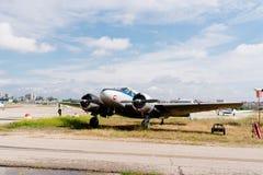 Aerei di Beechcraft C-45 durante lo show aereo Immagini Stock