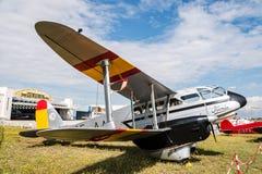 Aerei di de Havilland DH89 Dragon Rapide durante lo show aereo Immagine Stock Libera da Diritti
