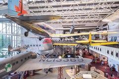 Aerei su esposizione al museo di spazio e dell'aria Fotografie Stock