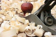 Aereo dei carpentieri e trucioli di legno Immagine Stock