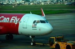 Aereo di Air Asia Airbus di linea aerea della Malesia all'aeroporto Vietnam di Ho Chi Minh Immagine Stock Libera da Diritti