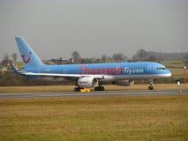 Aereo di linee aeree di Thomsonfly Fotografia Stock Libera da Diritti