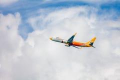 Aereo di Thai Airways in cielo Fotografie Stock