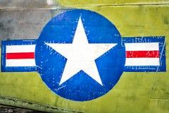 Aereo militare con il segno della banda e della stella. Fotografia Stock
