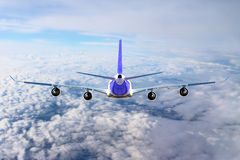 Aereo nel bianco del nero del fondo dell'aeroplano di trasporto di viaggio di volo del cielo Immagine Stock
