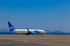Aereo nell'aeroporto di Creta fotografie stock