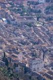 Aeria-Ansicht der Kleinstadt von Gubbio mit dem des Consolis Palast Stockbild