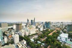 Aeria de Saigon en el sunsetl, Vietnam Imagenes de archivo