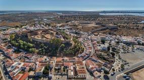 aerial Alte Wände der Militärregelung des Schlosses Castro Marim lizenzfreies stockfoto