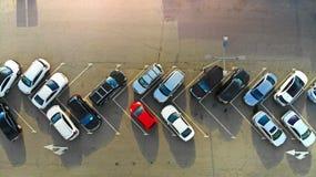 aerial AutoParkplatz lizenzfreie stockfotografie