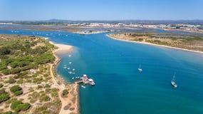 aerial Golf der Binneninsel von Tavira Ansicht vom Himmel Lizenzfreie Stockfotos